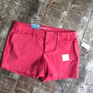 Cute NWT shorts from Old Navy, size 6